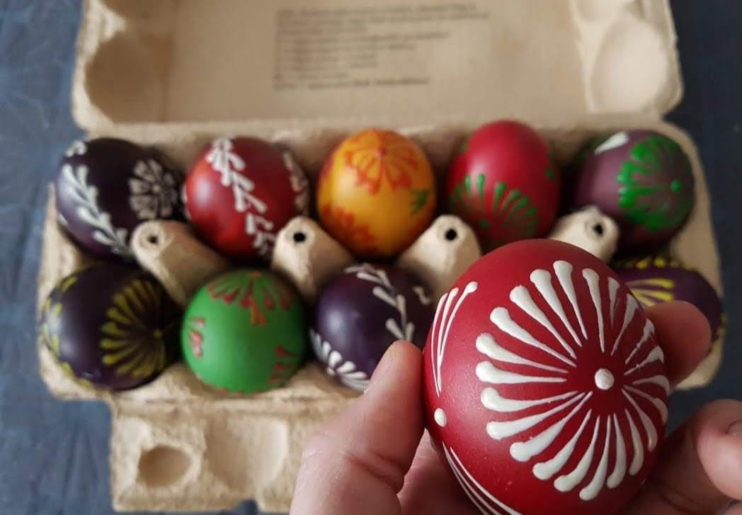 Vajíčka malovaná voskem